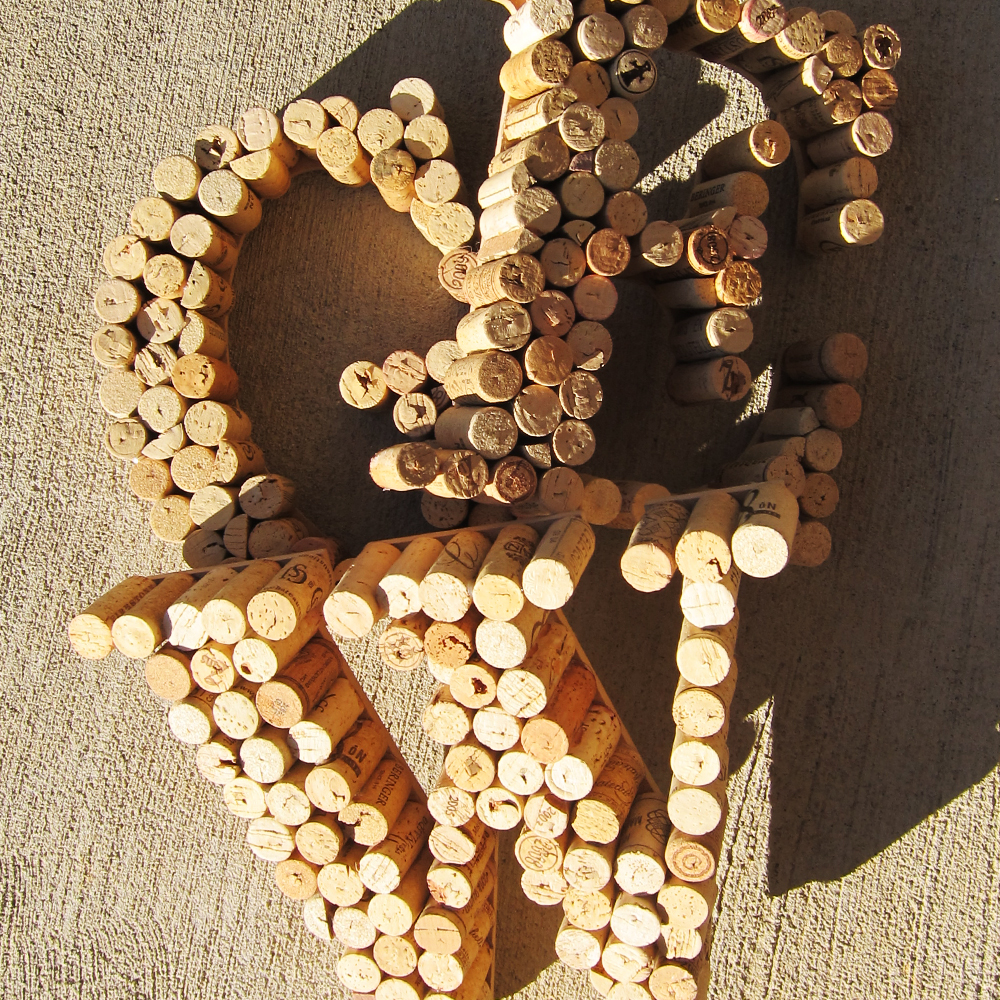 make a wine cork letter