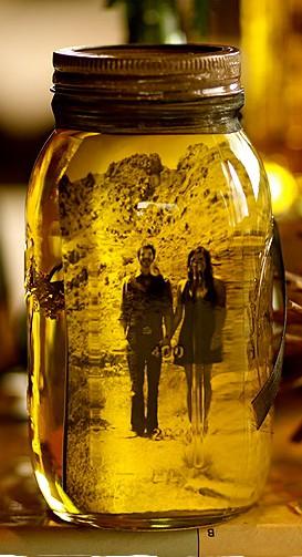 How to display photos in Mason Jars