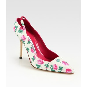 Manolo Blahnik floral print point toe shoe
