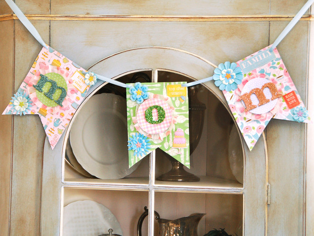 Oodles of super cute crafts made from those Hobby Lobby letters featured on www.Momcaster.com.
