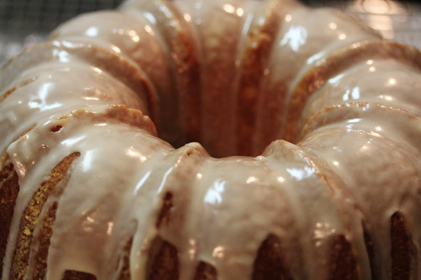 Recipe for lemon bundt cake for Mother's Day
