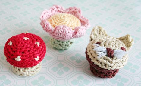 DIY knobs with yarn