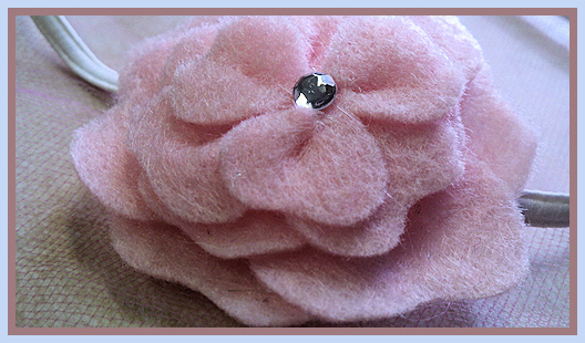 Little girl flower headband in pink