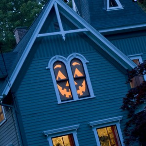 Make a house-o-lantern for Halloween