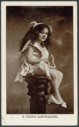 {5} Vintage Valentine Images (Free & Darling!)