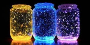 How to Make Homemade Glow Sticks