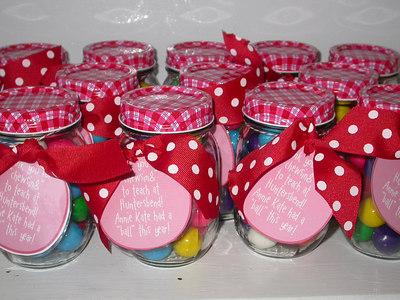 Mason Jar gift with gumballs