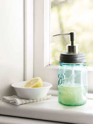 Turn a Mason Jar into a soap dispenser