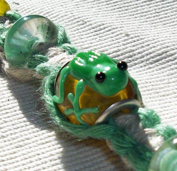frog bead hemp bracelet