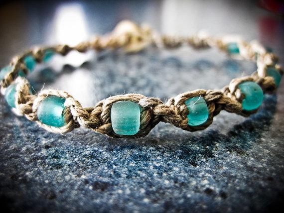 Blue bead hemp bracelet