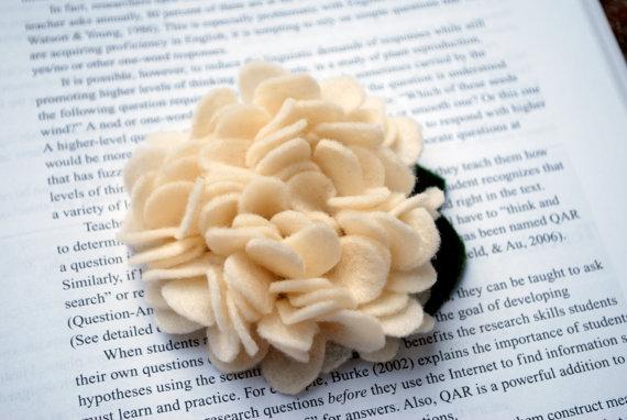 Hydrangea flower headband in ivory