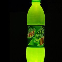 Homemade Glow Stick with Mountain Dew