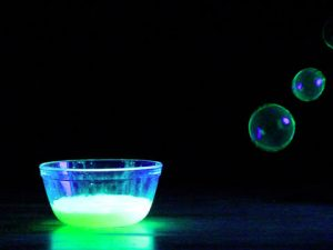 How to Make Glow Stick Bubbles
