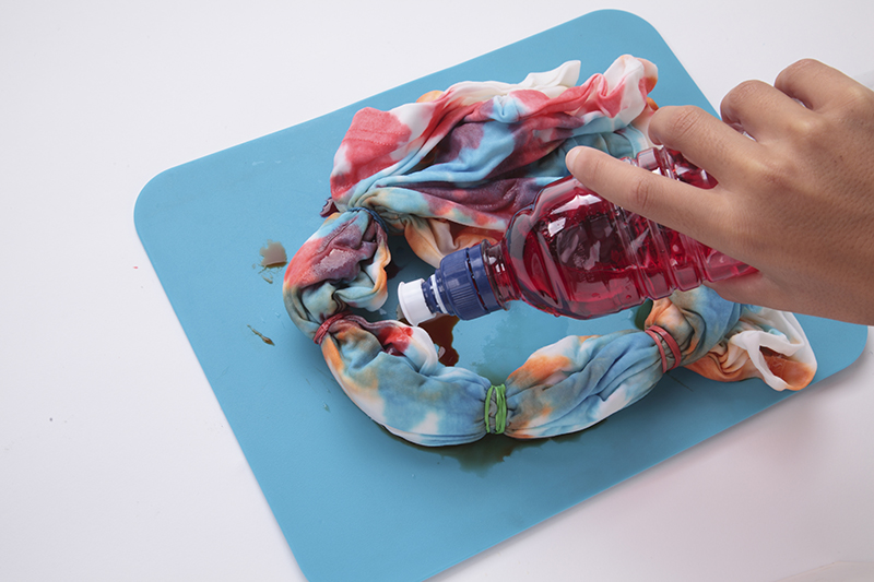 Tie dye with food coloring for Tie dye coloring pages